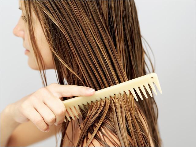Οι απότομες αλλαγές του καιρού ευνοούν την πτώση των μαλλιών.