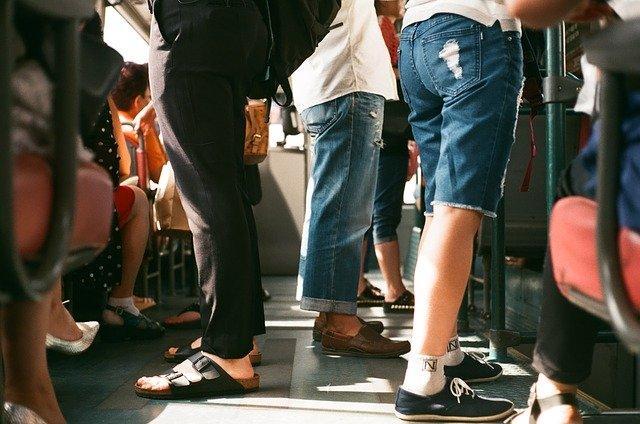 Αν για κάποιο λόγο πρέπει να παραμείνετε όρθιοι για πολλή ώρα μπορεί να εμφανιστούν σταδιακά κιρσοί στα πόδια σας.