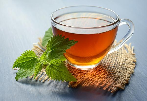 Το τσάι με μέλι περιέχει αντιοξειδωτικές και αντιβακτηριδιακές ιδιότητες.