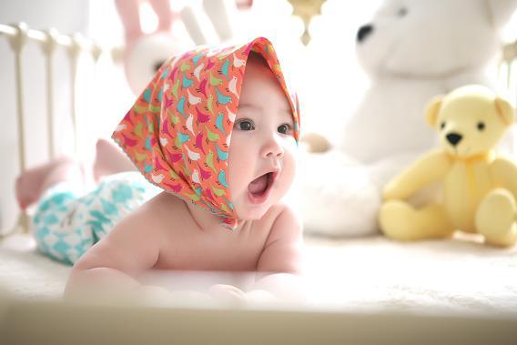 Το σύνδρομο πολυκυστικών ωοθηκών επηρεάζει τη γονιμότητα, αφού συνδέεται άμεσα με την περίοδο και την ωορρηξία.