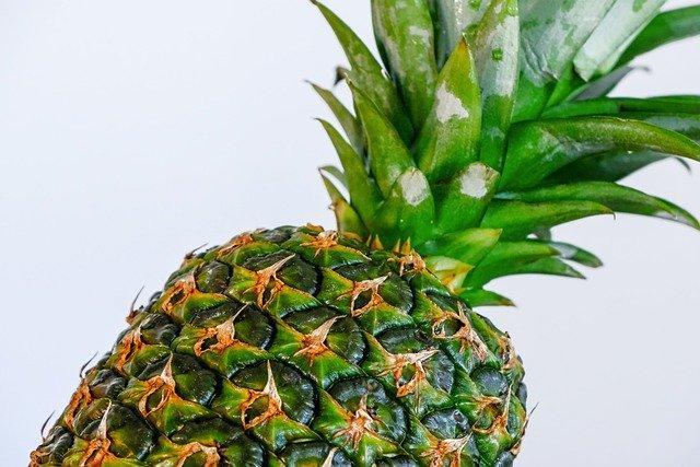 Ο ανανάς ενισχύει τον μεταβολισμό.